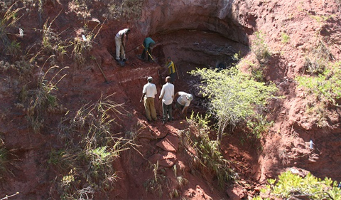 The team worked in a steep quarry in the Rukwa Rift Basin to recover the dinosaur fossils. Image credit: Patrick O'Connor, Ohio University
