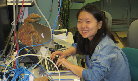 Ting Zhu working on the online analysis of the data
