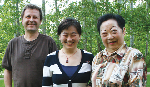 Y.C. Chang Fellowship awardee YinYun Li (center) with her advisor, Distinguished Professor of Physics Peter Jung (left) and the fellowship's sponsor, Ms. Ying-Chien Chang (right).