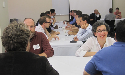 Speed-Mentoring Offers Faculty Timely Tips