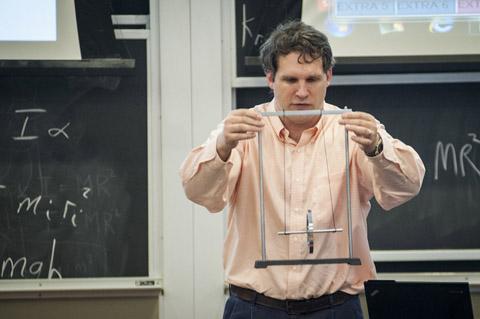 Dr. Justin Frantz demonstrates the problem.