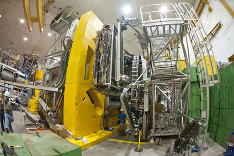 """Detector used at Jefferson Lab for the """"Q-weak"""" experiment. (Photo: Courtesy Jefferson Lab)"""
