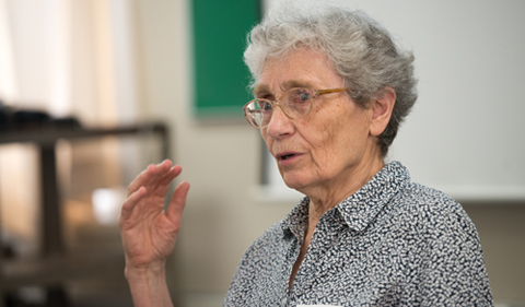 Marie Claire Wrage, Professor Emerita of French at Ohio University, leads a discussion about a memoir written by Rita Thalmann, who escaped from Nazi occupied France with help from Wrage's mother at the start of World War II. Photographer: Ben Siegel