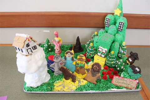 Arts & Sciences gingerbread cake with Wizard of Oz theme takes third place.