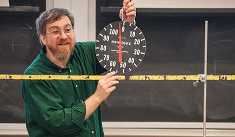 Lucas Conducts Loncap Workshop For High School Teachers
