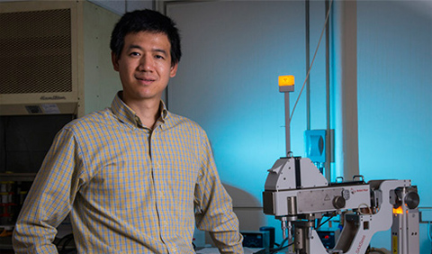 Dr. Gang Chen, portrait