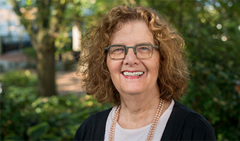 Dr. Mara Holt