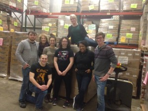 Food Justice Students Set Record for Boxes Packed at Food Bank