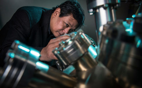 Dr. Saw-Wai Hla at a Scanning Tunneling Microscope
