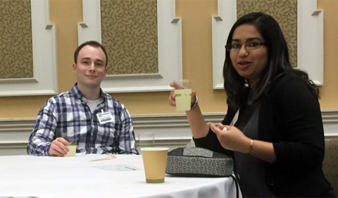 Senior Amna Durrani and alumnus Michael Richard talk at the Career and Networking Reception. They discussed his career in anti-money laundering and her interest in psychological forensics.