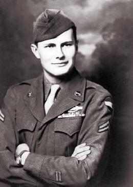 Gifford Doxsee in Army uniform, circa WWII