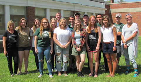 Group shot of 2017-18 Bios Advising and Resource Room peer advisers