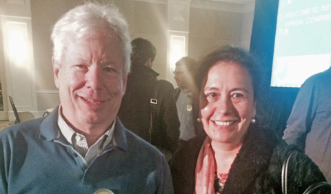 Claudia González Vallejo poses with Dr. Richard Thaler, 2017 Nobel Prize in Economic Sciences.