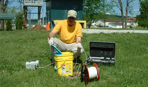 Dave Hunt, Geologist with the Ohio EPA, working with field equipment