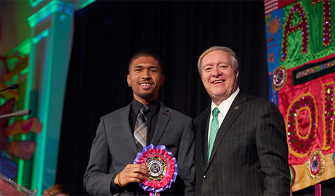 Ohio University President M. Duane Nellis poses for a photo with Outstanding Senior Leader Award recipient Matthew Kinlow, a biological sciences major. Among other leadership positions, Kinlow is the former president and current health policy and legislative affairs chair of the Minority Association of Pre-Health Students, president of the Black Student Cultural Programming Board, and the former vice president and brother of Alpha Phi Alpha Fraternity Inc.-Phi Chapter where he worked to resurrect the Miss Bronze Scholarship Pageant.