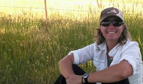 Michelle Roberts, portrait outdoors