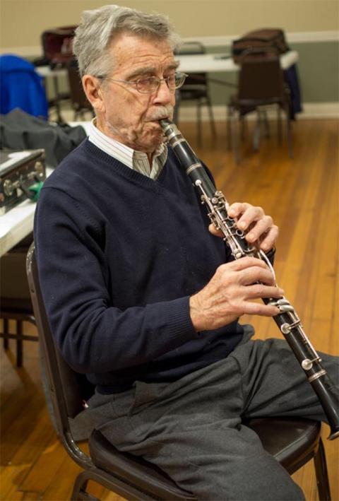 Bruce Ergood playing clarinet