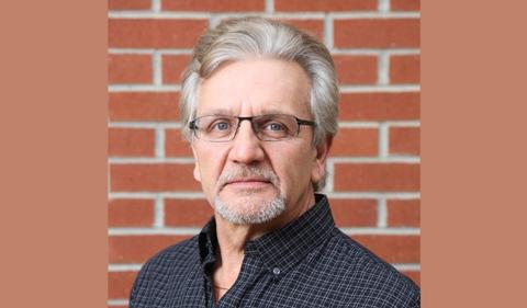 Eric Bikis, portrait