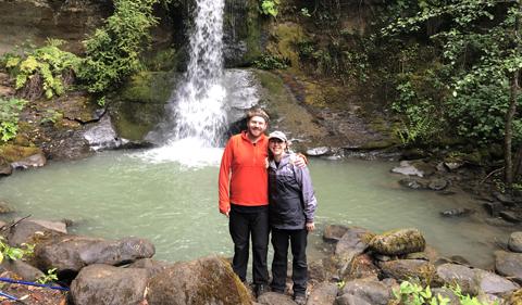 Rob Dorans and Lauren Elliott-Dorans outdoors