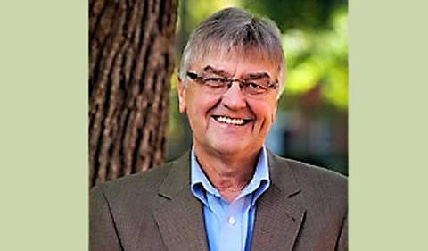 Tom Hodson, portrait