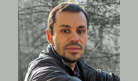 Dr. Viorel Popescu, portrait outdoors