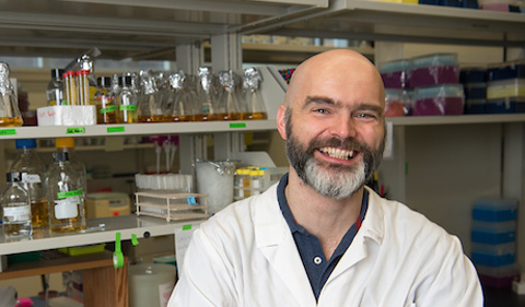 Dr. Ronan Carroll, portrait