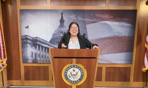 Esther Aulis-Cabrera Pursues Passions, Experience in D.C. Internship