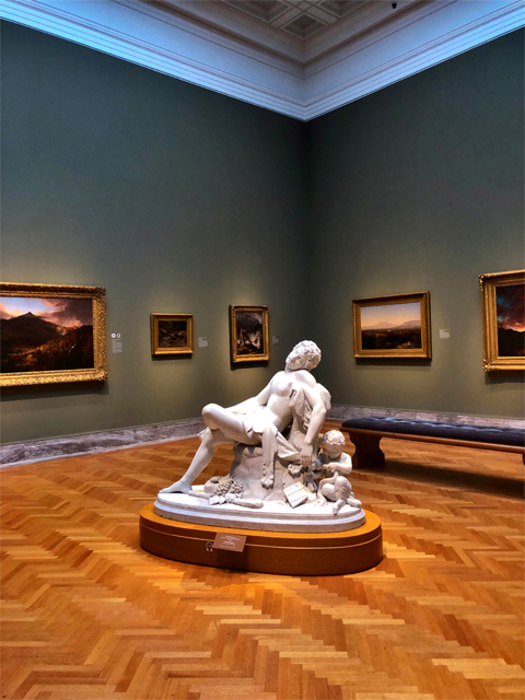 Cleveland Museum of Art, photo of a statue