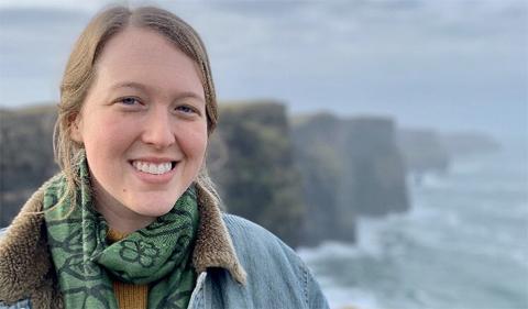 Kristin Tate, portrait